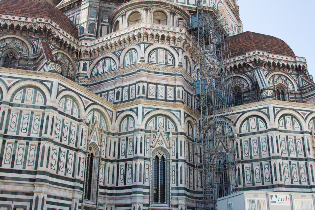 The Duomo from behind... see that amazing 13th century scaffolding?