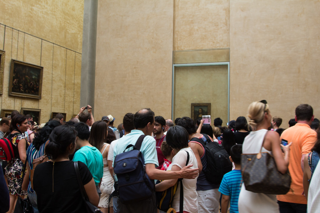 The crowd at the Mona Lisa.